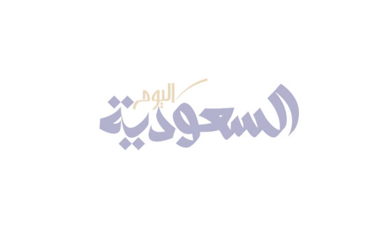 السعودية اليوم - المصممة نرمين عبادة تقدم مجموعة حلي عربية كقطعة الملابس